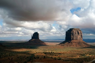 Monument Valley, Aizona. No chuck wagon in this scene
