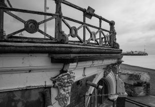 1800 Brighton Pier BW