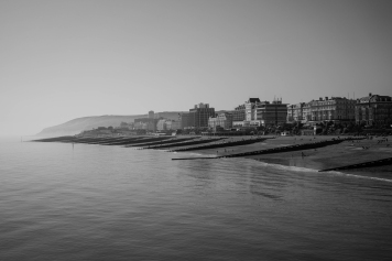 1800 Eastbourne to Beachy Head from the Pier BW