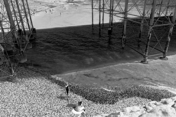1800 Under Brighton Pier B&W
