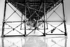 1800 Under Worthing Pier 240817_DSCF0222