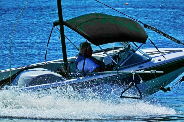 1800 Water Ski Boat 120319 DSC00014