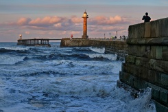 1800 Rough Waves at Whitby Rotated 131119_DSF0641