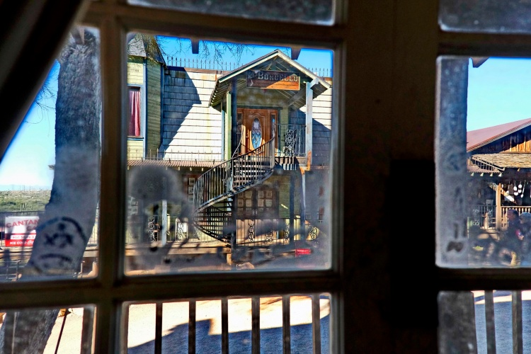 1800 Bordello thru the Saloon Window 190120_DSF1180