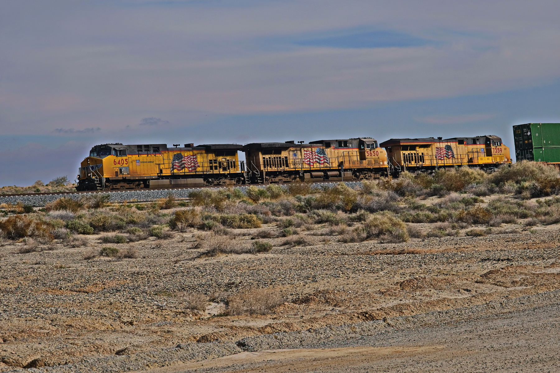 1800 US Freight by the Salton Sea_DSF1305